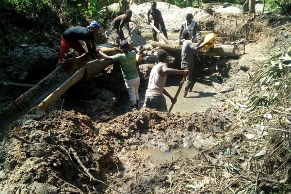 L'exploitation minière artisanale à Beni-Mbau